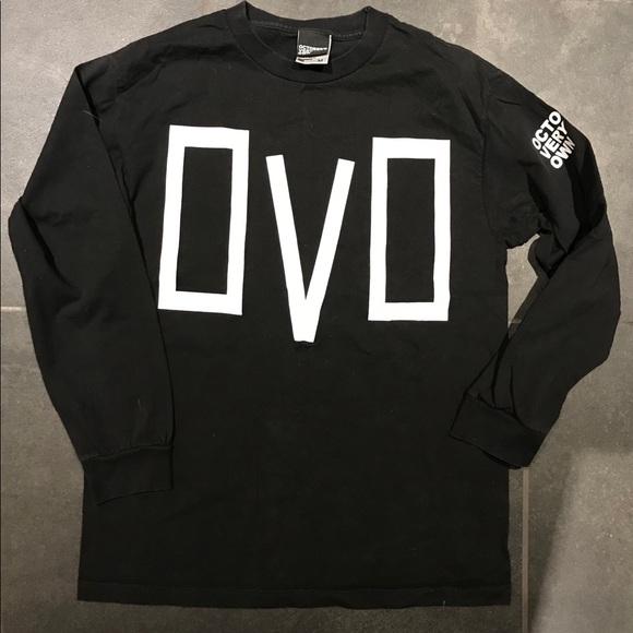 2499273c17df39 October s Very Own Longsleeve T-shirt. M 5a6e54a6a6e3ea18054e883e